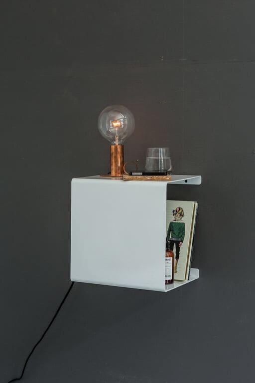 WWhite Showcase#0 Shelf