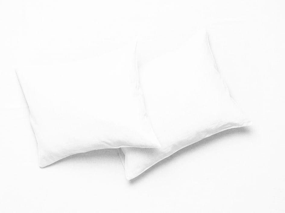 white linen pillowcases