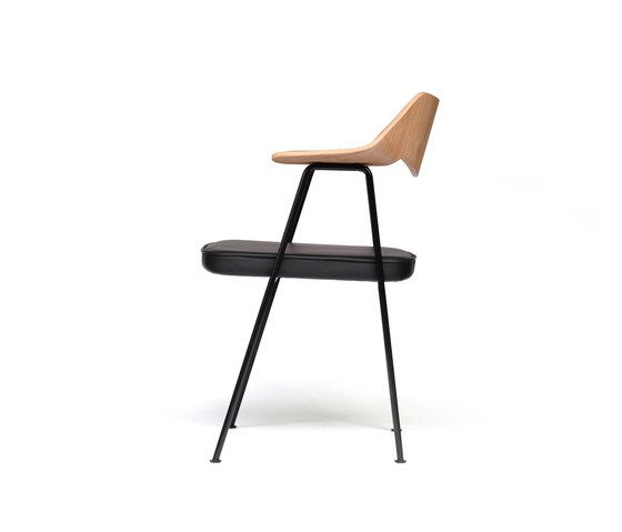 https://res.cloudinary.com/clippings/image/upload/t_big/dpr_auto,f_auto,w_auto/v1/product_bases/675-chair-oak-and-black-by-case-furniture-case-furniture-robin-day-clippings-2704102.jpg