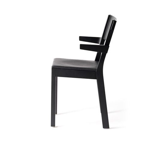 https://res.cloudinary.com/clippings/image/upload/t_big/dpr_auto,f_auto,w_auto/v1/product_bases/akustik-ii-chair-by-garsnas-garsnas-ake-axelsson-clippings-8396912.jpg