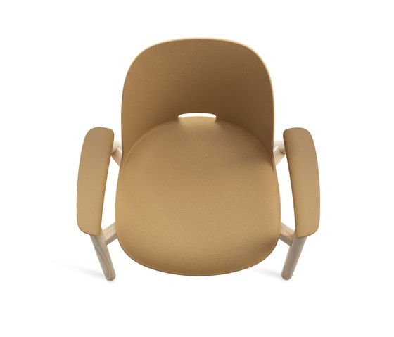 https://res.cloudinary.com/clippings/image/upload/t_big/dpr_auto,f_auto,w_auto/v1/product_bases/alfi-armchair-by-emeco-emeco-jasper-morrison-clippings-2724312.jpg