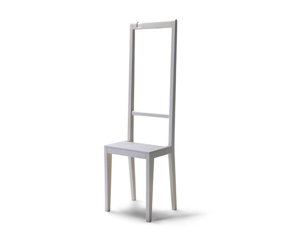 https://res.cloudinary.com/clippings/image/upload/t_big/dpr_auto,f_auto,w_auto/v1/product_bases/alfred-chairclothes-hanger-by-covo-covo-loris-livia-clippings-3637222.jpg