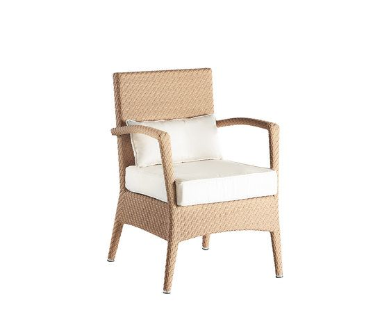 Amberes armchair by Point by Point