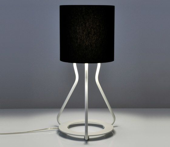https://res.cloudinary.com/clippings/image/upload/t_big/dpr_auto,f_auto,w_auto/v1/product_bases/artus-t-table-lamp-by-bernd-unrecht-lights-bernd-unrecht-lights-bernd-unrecht-clippings-2469992.jpg