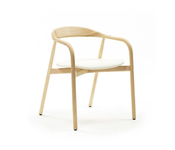 https://res.cloudinary.com/clippings/image/upload/t_big/dpr_auto,f_auto,w_auto/v1/product_bases/autumn-chair-by-discipline-discipline-ichiro-iwasaki-clippings-2685862.jpg