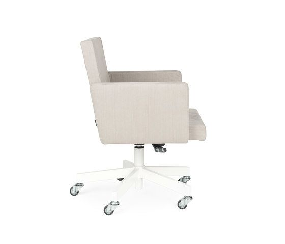 https://res.cloudinary.com/clippings/image/upload/t_big/dpr_auto,f_auto,w_auto/v1/product_bases/avl-office-chair-by-lensvelt-lensvelt-joep-van-lieshout-clippings-6815432.jpg