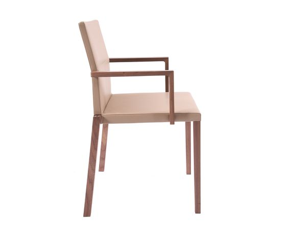 https://res.cloudinary.com/clippings/image/upload/t_big/dpr_auto,f_auto,w_auto/v1/product_bases/baltas-chair-with-armrest-by-kff-kff-hauke-murken-sven-hansen-clippings-2673912.jpg