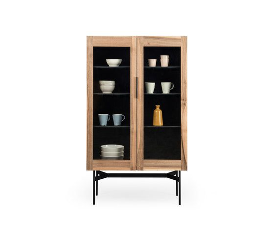 https://res.cloudinary.com/clippings/image/upload/t_big/dpr_auto,f_auto,w_auto/v1/product_bases/bc-04-display-cabinet-by-janua-christian-seisenberger-janua-christian-seisenberger-birgit-hoffmann-christoph-kahleyss-clippings-3915132.jpg