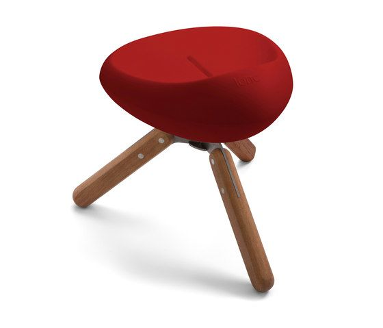 https://res.cloudinary.com/clippings/image/upload/t_big/dpr_auto,f_auto,w_auto/v1/product_bases/beaser-wood-45-stool-by-lonc-lonc-rogier-waaijer-clippings-3228182.jpg