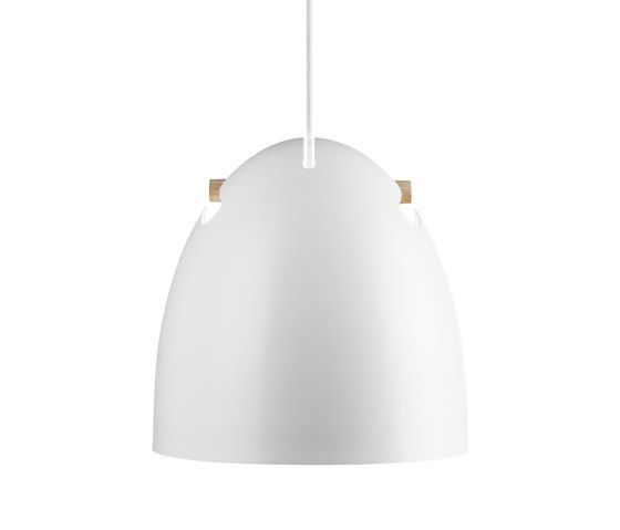 https://res.cloudinary.com/clippings/image/upload/t_big/dpr_auto,f_auto,w_auto/v1/product_bases/bell-70-p1-pendant-oak-white-by-daro-daro-thomas-holst-madsen-clippings-5988112.jpg