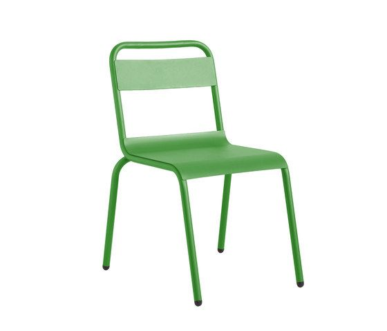 https://res.cloudinary.com/clippings/image/upload/t_big/dpr_auto,f_auto,w_auto/v1/product_bases/biarritz-chair-by-isi-mar-isi-mar-clippings-7003442.jpg
