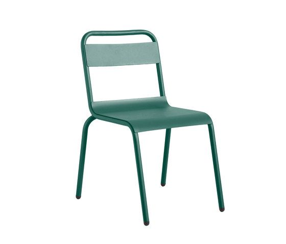 https://res.cloudinary.com/clippings/image/upload/t_big/dpr_auto,f_auto,w_auto/v1/product_bases/biarritz-chair-by-isi-mar-isi-mar-clippings-7003512.jpg