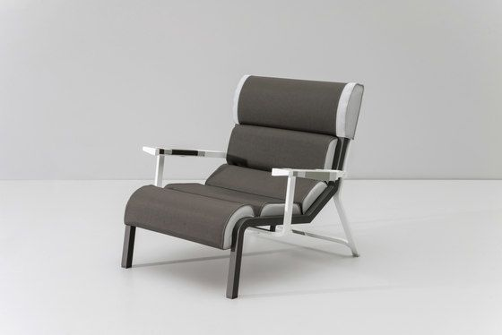 https://res.cloudinary.com/clippings/image/upload/t_big/dpr_auto,f_auto,w_auto/v1/product_bases/bob-club-armchair-by-kettal-kettal-hella-jongerius-clippings-5935502.jpg