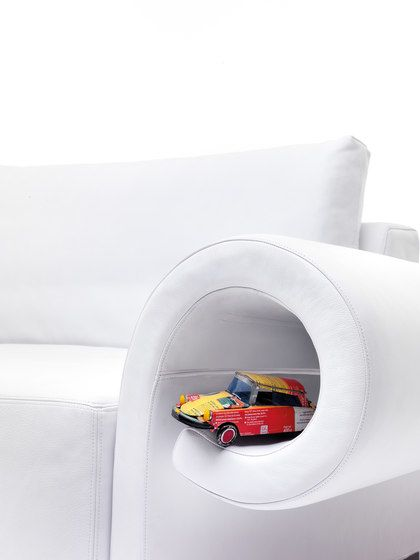 https://res.cloudinary.com/clippings/image/upload/t_big/dpr_auto,f_auto,w_auto/v1/product_bases/bolide-3-seater-sofa-by-mussi-italy-mussi-italy-bruno-rainaldi-clippings-5085572.jpg