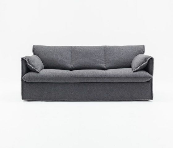 https://res.cloudinary.com/clippings/image/upload/t_big/dpr_auto,f_auto,w_auto/v1/product_bases/boo-sofa-by-comforty-comforty-krystian-kowalski-maja-ganszyniec-clippings-8179442.jpg