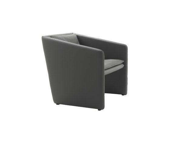 https://res.cloudinary.com/clippings/image/upload/t_big/dpr_auto,f_auto,w_auto/v1/product_bases/box-armchair-by-giulio-marelli-giulio-marelli-enrico-cesana-clippings-1786832.jpg