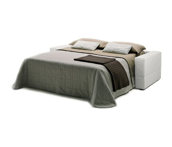 https://res.cloudinary.com/clippings/image/upload/t_big/dpr_auto,f_auto,w_auto/v1/product_bases/brian-by-milano-bedding-milano-bedding-clippings-6448102.jpg