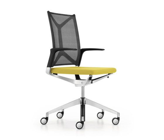 https://res.cloudinary.com/clippings/image/upload/t_big/dpr_auto,f_auto,w_auto/v1/product_bases/camiro-workmeet-swivel-chair-by-girsberger-girsberger-martin-ballendat-clippings-7727042.jpg