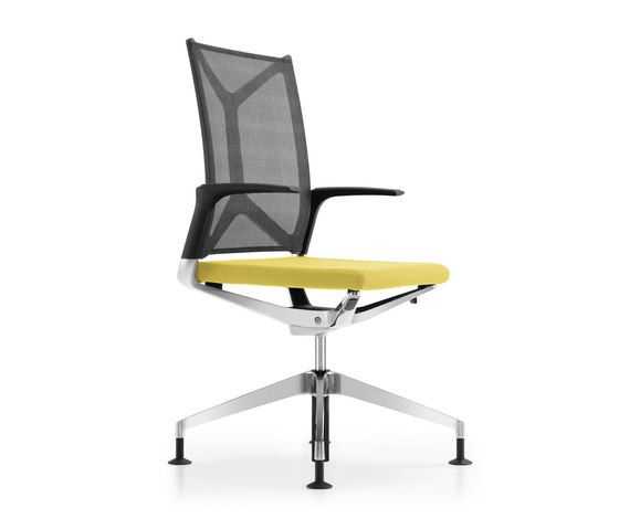 https://res.cloudinary.com/clippings/image/upload/t_big/dpr_auto,f_auto,w_auto/v1/product_bases/camiro-workmeet-swivel-conference-chair-by-girsberger-girsberger-martin-ballendat-clippings-6879782.jpg