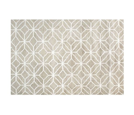 https://res.cloudinary.com/clippings/image/upload/t_big/dpr_auto,f_auto,w_auto/v1/product_bases/caretti-blossom-lemon-rug-by-designers-guild-designers-guild-clippings-6348522.jpg