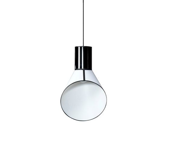 https://res.cloudinary.com/clippings/image/upload/t_big/dpr_auto,f_auto,w_auto/v1/product_bases/cargo-pendant-light-small-by-designheure-designheure-herve-langlais-clippings-8112442.jpg