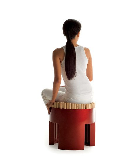 https://res.cloudinary.com/clippings/image/upload/t_big/dpr_auto,f_auto,w_auto/v1/product_bases/chiquita-stool-by-kenneth-cobonpue-kenneth-cobonpue-kenneth-cobonpue-clippings-6396072.jpg