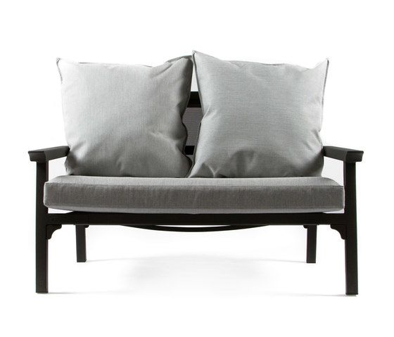 https://res.cloudinary.com/clippings/image/upload/t_big/dpr_auto,f_auto,w_auto/v1/product_bases/cl7973-sofa-by-maiori-design-maiori-design-clippings-8026462.jpg