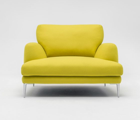 https://res.cloudinary.com/clippings/image/upload/t_big/dpr_auto,f_auto,w_auto/v1/product_bases/classic-armchair-by-comforty-comforty-krystian-kowalski-clippings-2174822.jpg