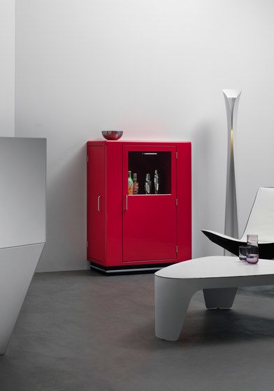 https://res.cloudinary.com/clippings/image/upload/t_big/dpr_auto,f_auto,w_auto/v1/product_bases/classic-line-kb-323-bar-cabinet-by-muller-mobelfabrikation-muller-mobelfabrikation-werksdesign-clippings-5615672.jpg
