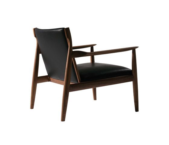 https://res.cloudinary.com/clippings/image/upload/t_big/dpr_auto,f_auto,w_auto/v1/product_bases/claude-easy-chair-by-ritzwell-ritzwell-shinsaku-miyamoto-clippings-4638042.jpg