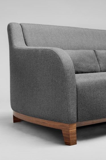 https://res.cloudinary.com/clippings/image/upload/t_big/dpr_auto,f_auto,w_auto/v1/product_bases/collins-sofa-by-comforty-comforty-tomek-rygalik-clippings-6863112.jpg
