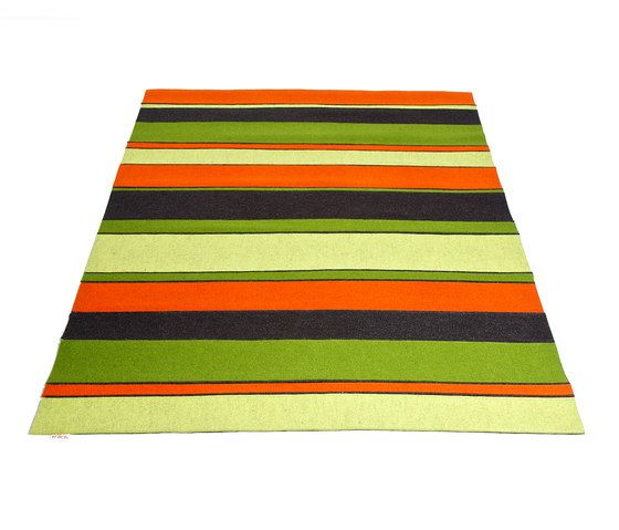 https://res.cloudinary.com/clippings/image/upload/t_big/dpr_auto,f_auto,w_auto/v1/product_bases/colorful-throw-blanket-by-frach-frach-anja-matzke-schubert-clippings-3958862.jpg