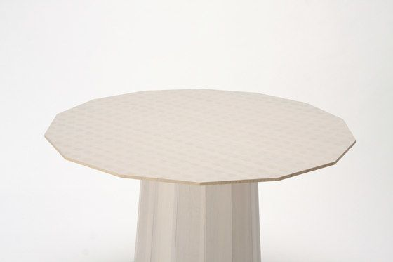 https://res.cloudinary.com/clippings/image/upload/t_big/dpr_auto,f_auto,w_auto/v1/product_bases/colour-wood-dining-95-dot-by-karimoku-new-standard-karimoku-new-standard-scholten-baijings-clippings-2810812.jpg