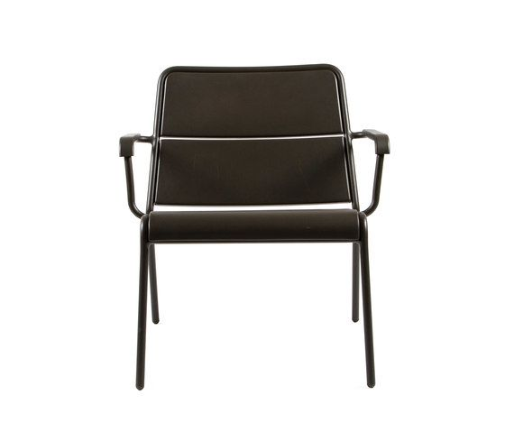 https://res.cloudinary.com/clippings/image/upload/t_big/dpr_auto,f_auto,w_auto/v1/product_bases/cp9100-low-armchair-by-maiori-design-maiori-design-christophe-pillet-clippings-7781442.jpg