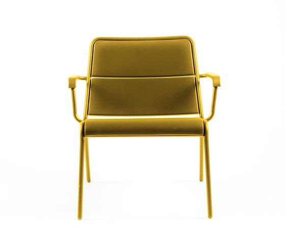 https://res.cloudinary.com/clippings/image/upload/t_big/dpr_auto,f_auto,w_auto/v1/product_bases/cp9100-low-armchair-by-maiori-design-maiori-design-christophe-pillet-clippings-7781962.jpg