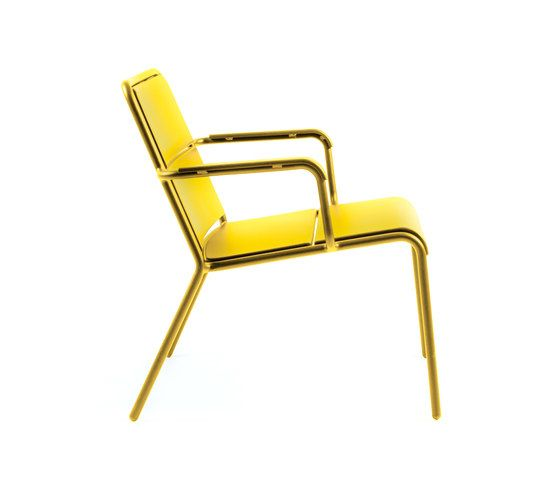 https://res.cloudinary.com/clippings/image/upload/t_big/dpr_auto,f_auto,w_auto/v1/product_bases/cp9100-low-armchair-by-maiori-design-maiori-design-christophe-pillet-clippings-7782042.jpg
