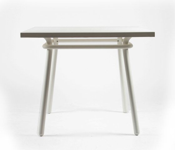 https://res.cloudinary.com/clippings/image/upload/t_big/dpr_auto,f_auto,w_auto/v1/product_bases/cp9110-square-table-by-maiori-design-maiori-design-christophe-pillet-clippings-3672492.jpg
