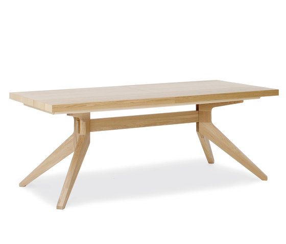 https://res.cloudinary.com/clippings/image/upload/t_big/dpr_auto,f_auto,w_auto/v1/product_bases/cross-extending-table-by-case-furniture-case-furniture-matthew-hilton-clippings-5052832.jpg