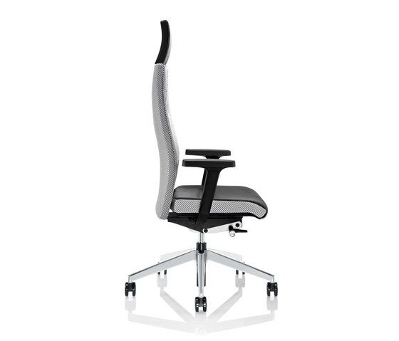 https://res.cloudinary.com/clippings/image/upload/t_big/dpr_auto,f_auto,w_auto/v1/product_bases/cubo-flex-swivel-chair-by-zuco-zuco-clippings-3887752.jpg