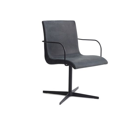 https://res.cloudinary.com/clippings/image/upload/t_big/dpr_auto,f_auto,w_auto/v1/product_bases/curves-chair-one-by-erik-bagger-furniture-erik-bagger-furniture-caroline-bagger-erik-bagger-clippings-2299002.jpg