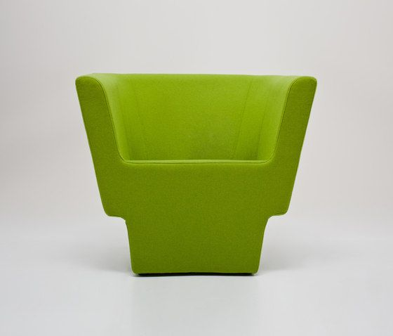 https://res.cloudinary.com/clippings/image/upload/t_big/dpr_auto,f_auto,w_auto/v1/product_bases/czeslaw-armchair-by-comforty-comforty-tomek-rygalik-clippings-5991092.jpg