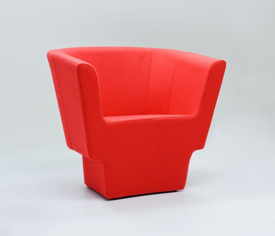 https://res.cloudinary.com/clippings/image/upload/t_big/dpr_auto,f_auto,w_auto/v1/product_bases/czeslaw-armchair-by-comforty-comforty-tomek-rygalik-clippings-5991282.jpg