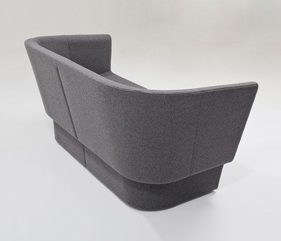 https://res.cloudinary.com/clippings/image/upload/t_big/dpr_auto,f_auto,w_auto/v1/product_bases/czeslaw-sofa-by-comforty-comforty-tomek-rygalik-clippings-7272842.jpg