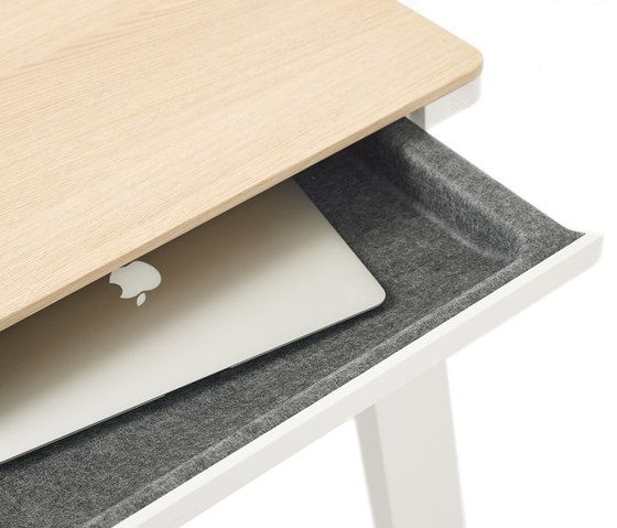 https://res.cloudinary.com/clippings/image/upload/t_big/dpr_auto,f_auto,w_auto/v1/product_bases/drawer-table-by-arco-arco-ineke-hans-clippings-3430102.jpg