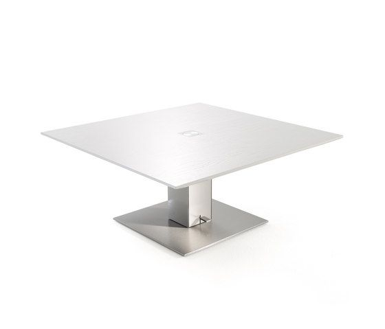 https://res.cloudinary.com/clippings/image/upload/t_big/dpr_auto,f_auto,w_auto/v1/product_bases/drive-coffee-table-by-yomei-yomei-andre-schelbach-clippings-2671922.jpg