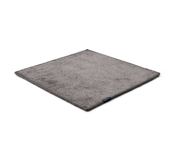 https://res.cloudinary.com/clippings/image/upload/t_big/dpr_auto,f_auto,w_auto/v1/product_bases/dune-max-viscose-steel-grey-by-kymo-kymo-clippings-6224412.jpg