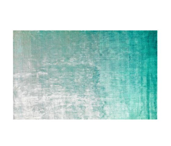 https://res.cloudinary.com/clippings/image/upload/t_big/dpr_auto,f_auto,w_auto/v1/product_bases/eberson-aqua-rug-by-designers-guild-designers-guild-clippings-7214092.jpg