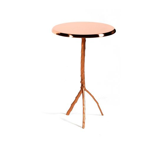 https://res.cloudinary.com/clippings/image/upload/t_big/dpr_auto,f_auto,w_auto/v1/product_bases/embrace-side-table-large-by-gingerjagger-gingerjagger-pedro-sousa-clippings-1911642.jpg