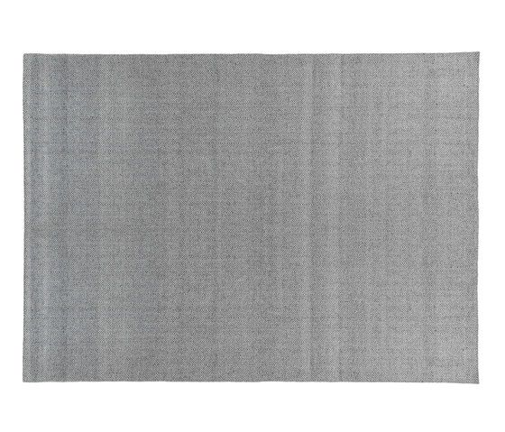 https://res.cloudinary.com/clippings/image/upload/t_big/dpr_auto,f_auto,w_auto/v1/product_bases/envelab-charcoal-gray-by-miinu-miinu-clippings-6285842.jpg