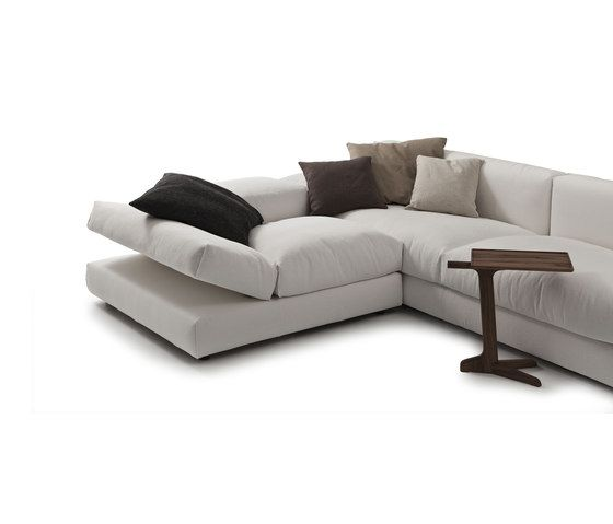 https://res.cloudinary.com/clippings/image/upload/t_big/dpr_auto,f_auto,w_auto/v1/product_bases/evosuite-835-sofa-by-vibieffe-vibieffe-gianluigi-landoni-clippings-3491422.jpg
